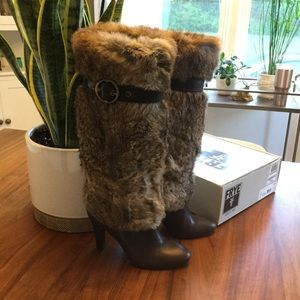 Frye boot with fur